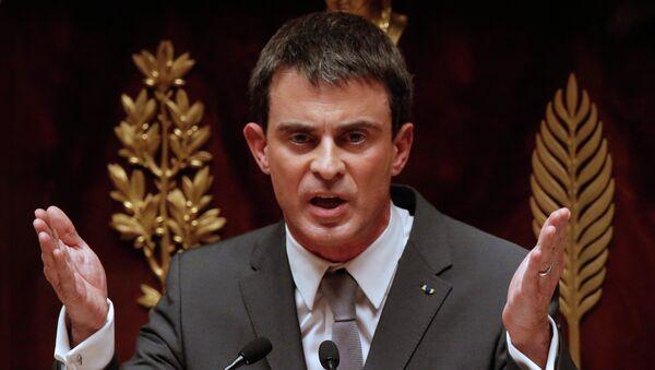 Régionales : face au FN, Valls appelle à voter pour la droite dans trois régions - Sputnik France