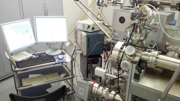 Chercheurs de l'Université nationale de recherche nucléaire MIFI élabore une horloge atomique - Sputnik France