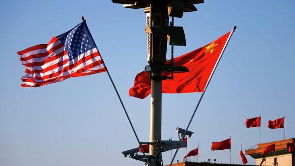 Флаги США и Китая - Sputnik France