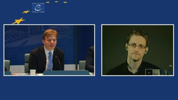 Edward Snowden Speaks to the Council of Europe - Sputnik France