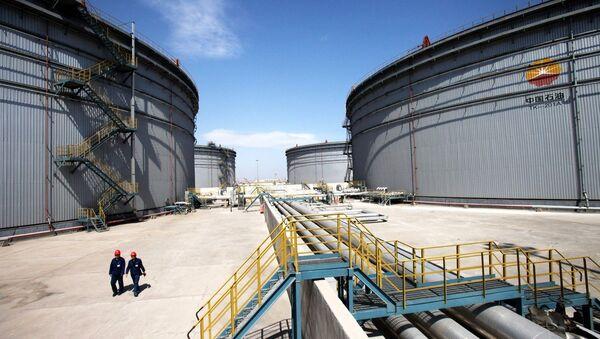 Tianjin Dagang Oilfield Construction stockage de pétrole brut et de transport, Chine - Sputnik France