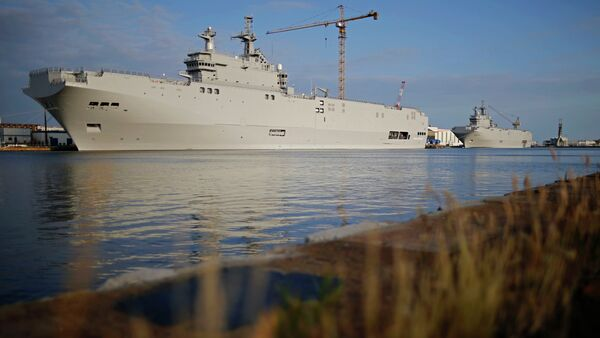 Two Mistral-class helicopter carriers Sevastopol (L) and Vladivostok are seen at the STX Les Chantiers de l'Atlantique shipyard site in Saint-Nazaire, western France, May 21, 2015. - Sputnik France