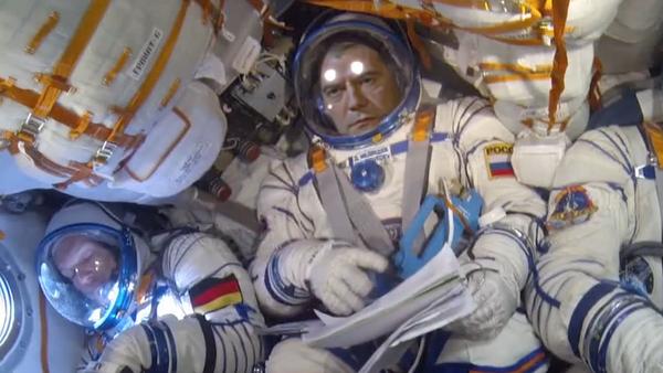 Видео: первый полет Дмитрия Медведева на МКС! - Sputnik France