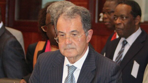 Former Italian Premier Romano Prodi, stands during a meeting in Bamako, Mali, where he is serving as the United Nations special envoy to the Sahel, Friday, Apr. 19, 2013. - Sputnik France