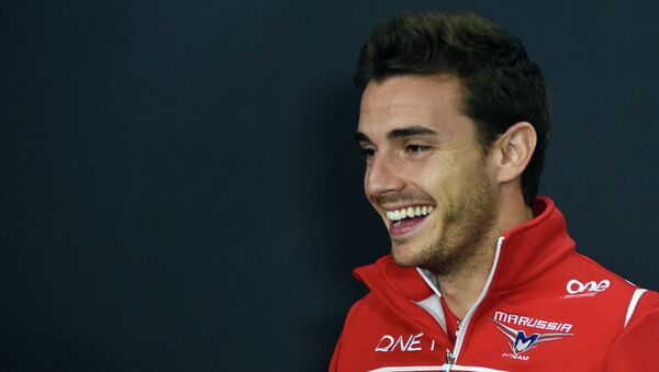 This October 2, 2014 picture shows Marussia driver Jules Bianchi of France smiling after FIA official press conference for the Japanese Formula One Grand Prix in Suzuka - Sputnik France