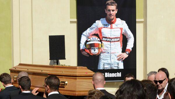 Les adieux à Jules Bianchi à Nice - Sputnik France