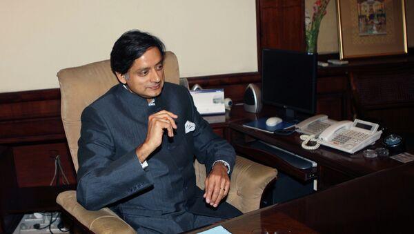 Shashi Tharoor - Sputnik France