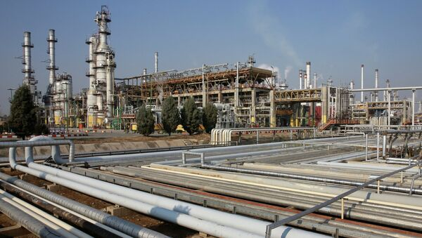 General view of part of the Tehran's oil refinery south of the capital Tehran, Iran - Sputnik France