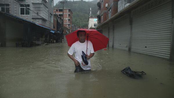 Le puissant typhon Soudelor frappe la Chine et Taïwan - Sputnik France