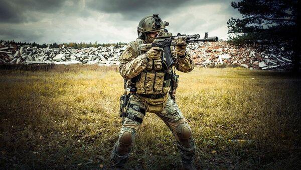 Salen a la venta fusiles Kalashnikov 'made in USA' - Sputnik France