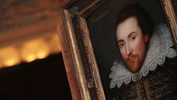 A portrait of William Shakespeare is pictured in London, on March 9, 2009. - Sputnik France