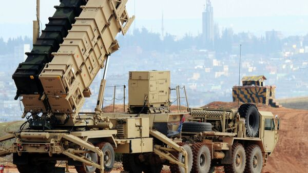 A Patriot missile launcher system is pictured at a Turkish military base in Gaziantep on February 5, 2013 - Sputnik France
