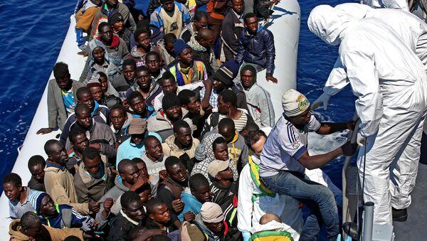 Migrants en Méditerranée - Sputnik France