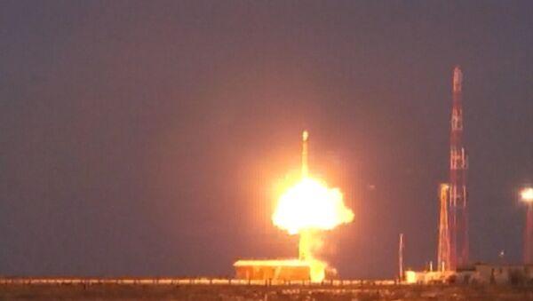 Russie: tir d'essai d'un missile intercontinental Topol - Sputnik France