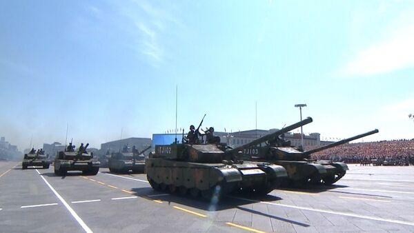 Imposant défilé militaire à Pékin - Sputnik France
