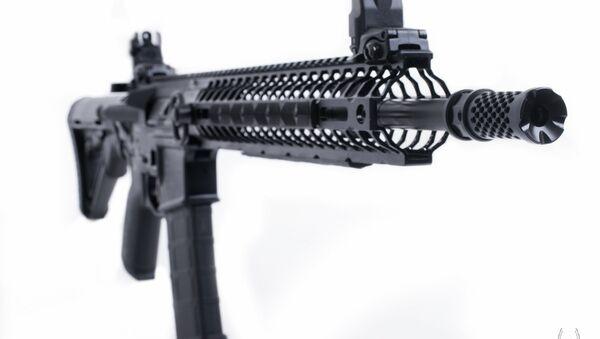 le fusil d'assaut américain AR-15 Crusader - Sputnik France