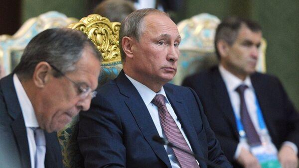 Vladimir Poutine lors du sommet de l'OTSC au Tadjikistan - Sputnik France