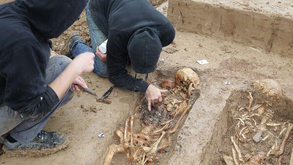 200 squelettes de soldats de Napoléon découverts sur un chantier à Francfort, Allemagne, Septembre 17, 2015 - Sputnik France