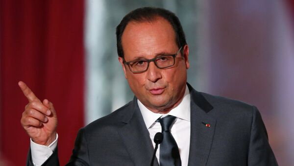 French President Francois Hollande attends his news conference at the Elysee Palace in Paris, France, September 7, 2015. REUTERS/Charles Platiau - Sputnik France