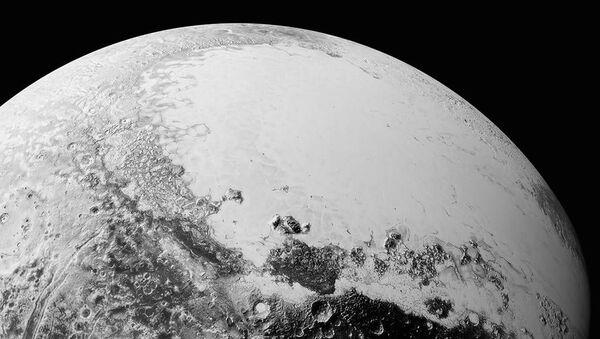 De nouvelles images de Pluton dévoilées - Sputnik France