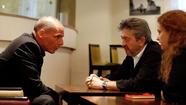 Yannis Varoufakis et Jean-Luc Mélenchon - Sputnik France