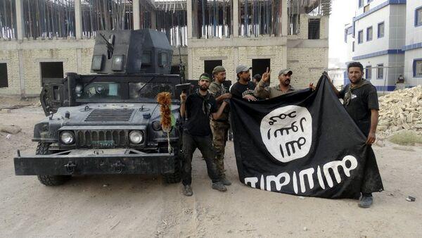 Des combattants du groupe terroriste Etat islamique - Sputnik France