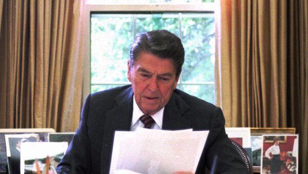 Ronald Reagan, 1987 - Sputnik France