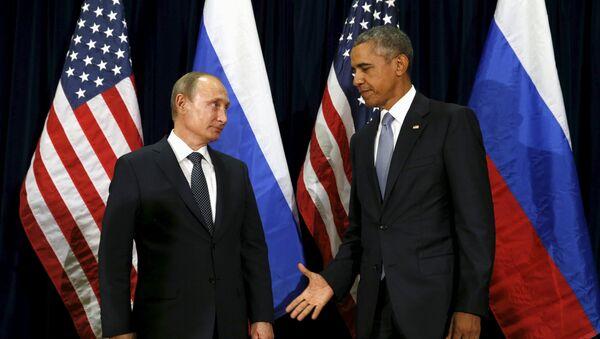 Les présidents Vladimir Poutine et Barack Obama lors de leur rencontre au siège de l'Onu à New York le 28 septembre 2015 - Sputnik France