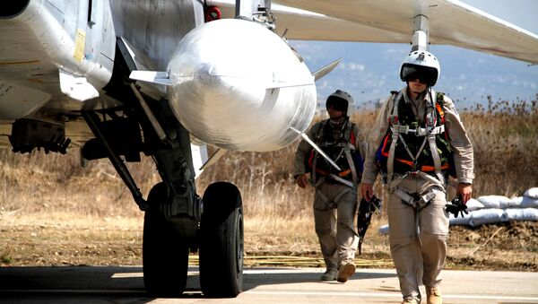 Pilotos rusos en el aeródromo de Hmeymim, Siria - Sputnik France