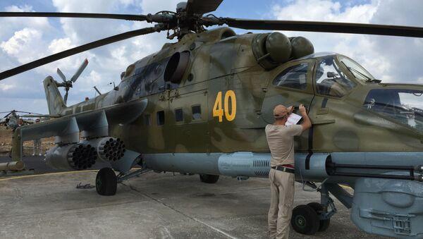 Les hélicoptères d'assaut russes sur l'aérodrome syrien de Hmeimim - Sputnik France