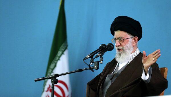 Le guide suprême de la Révolution islamique, l'ayatollah Ali Khamenei - Sputnik France