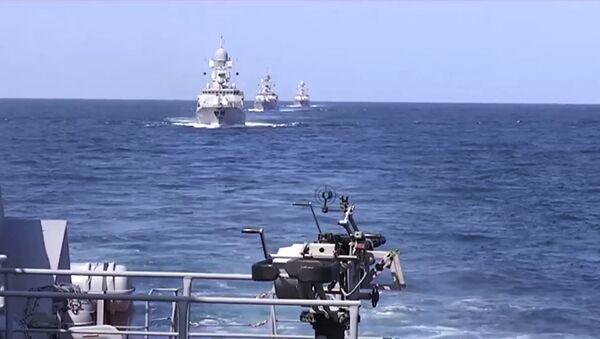 L'attaque balistique lancée le 7 octobre par la Flottille russe de la Caspienne contre l'Etat islamique (EI) en Syrie - Sputnik France