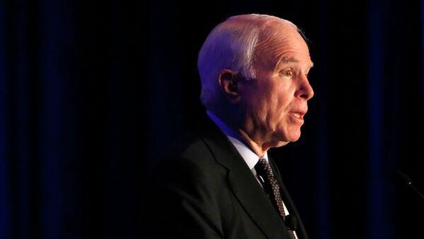 Sen. John McCain - Sputnik France