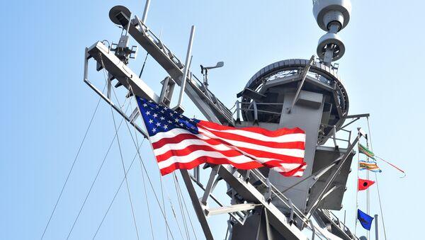 Un destroyer US  dans le port d'Odessa - Sputnik France