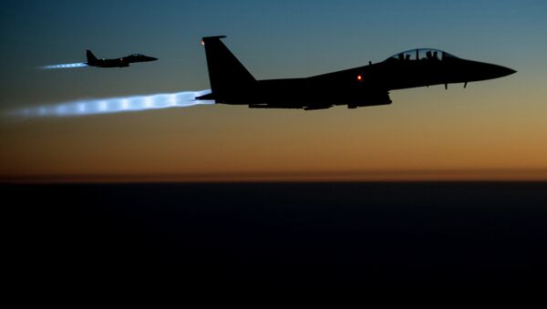US Air Force F-15E Strike Eagles are designed to conduct airstrikes in Syria and Iraq - Sputnik France