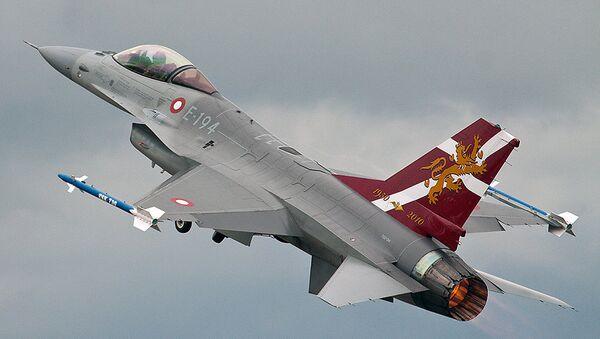 Un F-16 des forces royales danoises - Sputnik France
