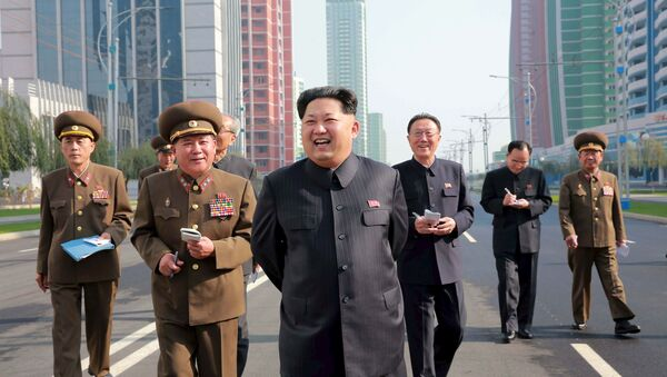 Kim Jong-un visite un nouveau quartier de Pyongyang - Sputnik France