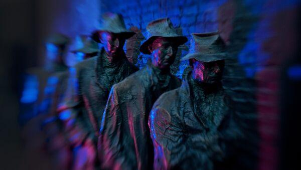 La sculpture en bronze créé par George Segal,Depression Bread Line - Sputnik France