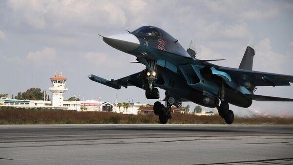 Un Su-34 part pour un raid contre Daech en Syrie - Sputnik France
