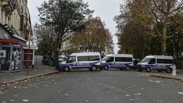 Paris après les attentats du 13 novembre 2015 - Sputnik France