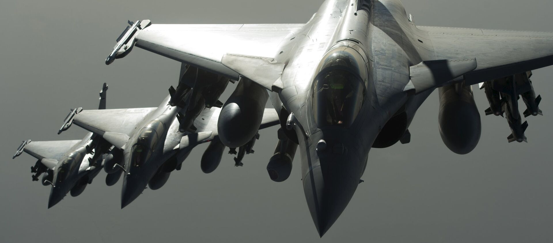 French Army Rafale fighter jets are seen in flight during an operation against Syria - Sputnik France, 1920, 08.02.2021