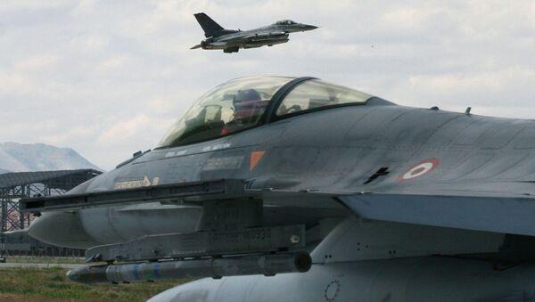 Chasseurs turcs  F-16 - Sputnik France