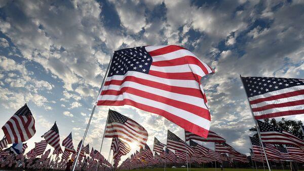 Les drapeaux des États-Unis - Sputnik France