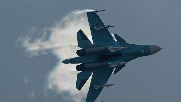 Un chasseur-bombardier russe Su-34 - Sputnik France