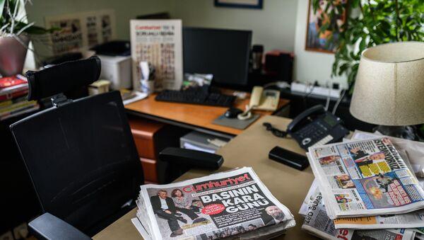Bureau du rédacteur en chef du journal Cumhuriyet Can Dündar, arrêté le 26 novembre dernier - Sputnik France