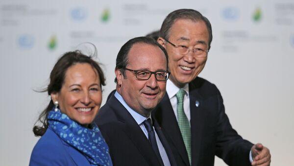 François Hollande, Segolene Royal et Ban Ki-moon, COP21, Le Bourget, France, Nov. 30, 2015. - Sputnik France