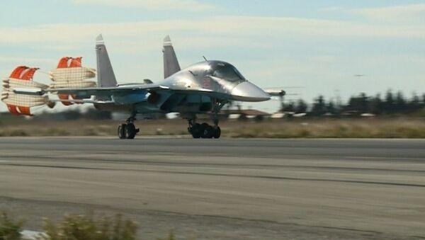 Syrie: les chasseurs russes poursuivent leur lutte contre l'EI - Sputnik France