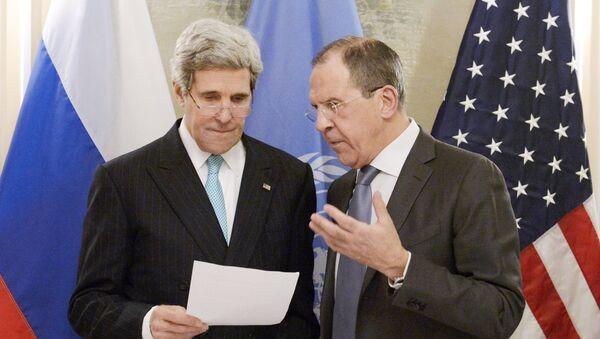 John Kerry et Sergueï Lavrov - Sputnik France