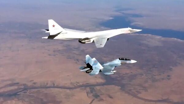 Un avion russe frappe des cibles de Daech en Syrie - Sputnik France