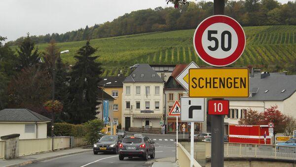 Schengen sign - Sputnik France